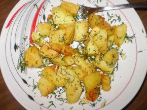 Снимка 2 от рецепта за Картофи соте с копър и чесън