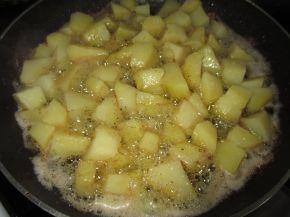 Снимка 3 от рецепта за Картофи соте с копър и чесън