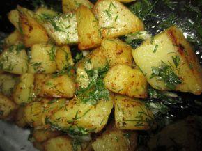 Снимка 5 от рецепта за Картофи соте с копър и чесън