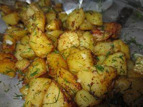 Снимка 7 от рецепта за Картофи соте с копър и чесън