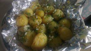 Снимка 3 от рецепта за Картофки във фолио