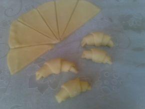Снимка 2 от рецепта за Кашкавалени кифлички