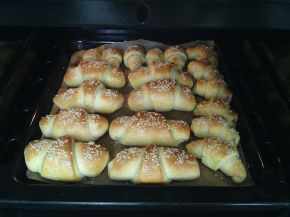 Снимка 4 от рецепта за Кашкавалени кифлички