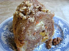 Снимка 2 от рецепта за Кекс с ябълки и моркови