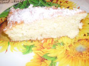Снимка 2 от рецепта за Кекс, полят с локум и кокос