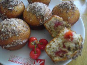 Снимка 4 от рецепта за Кексчета с череши