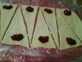 Снимка 3 от рецепта за Кифлички с мармалад