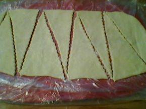 Снимка 4 от рецепта за Кифлички с мармалад