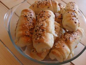 Снимка 2 от рецепта за Кифлички със сирене - III вариант