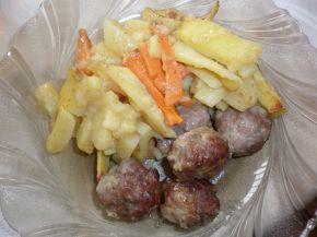 Снимка 5 от рецепта за Кюфтенца с картофи на фурна