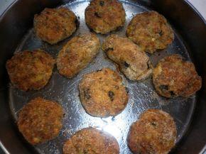 Снимка 2 от рецепта за Кюфтенца от кайма, зеленчуци и извара
