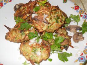 Снимка 4 от рецепта за Кюфтенца от тиквички и гъби