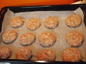 Снимка 3 от рецепта за Кюфтенца на фурна