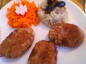 Снимка 2 от рецепта за Кюфтета от кайма и картофи