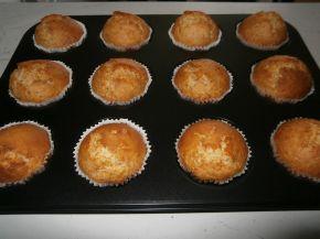 Снимка 3 от рецепта за Кокосови мъфини