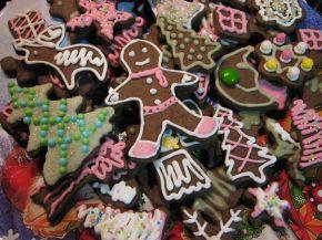 Снимка 4 от рецепта за Коледни сладки с какао