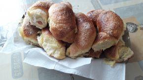Снимка 2 от рецепта за Козуначени кифли с аромат на портокал и локум