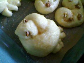 Снимка 4 от рецепта за Козуначени кифлички -