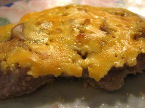 Снимка 1 от рецепта за Крехки пържоли с топено сирене на фурна