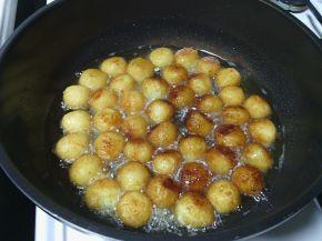 Снимка 4 от рецепта за Крокети (кюфтенца) от извара