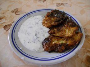 Снимка 3 от рецепта за Кюфтета от тиквички и зелени подправки