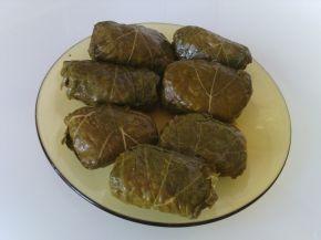 Снимка 2 от рецепта за Лозови сарми с булгур