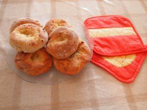 Снимка 2 от рецепта за Малки содени питки