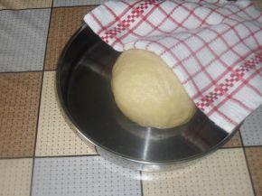 Снимка 10 от рецепта за Малки солени кифлички