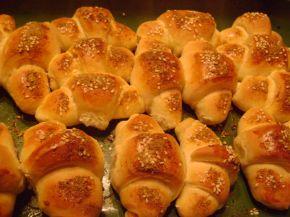 Снимка 3 от рецепта за Малки солени кифлички