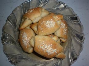 Снимка 4 от рецепта за Малки солени кифлички