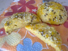 Снимка 4 от рецепта за Малки закуски с царевичен грис и брашно