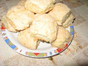 Снимка 3 от рецепта за Мамините курабийки