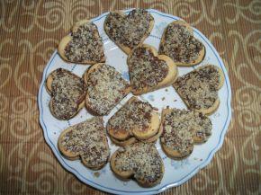 Снимка 3 от рецепта за Маслени сладки с лешници