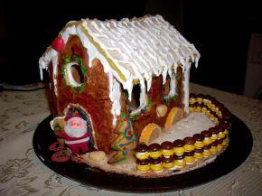 Снимка 4 от рецепта за Медена коледна къщичка