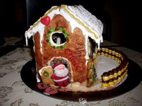 Снимка 7 от рецепта за Медена коледна къщичка