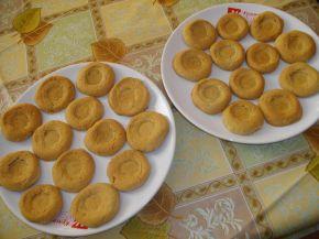 Снимка 3 от рецепта за Меденки с орехи