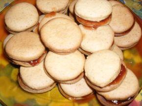 Снимка 6 от рецепта за Меденки с шипков мармалад