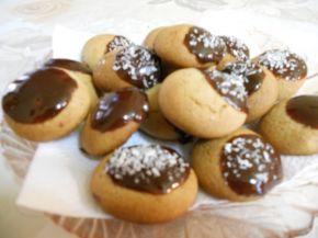 Снимка 4 от рецепта за Меденки с шоколад
