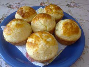 Снимка 3 от рецепта за Меки мъфини със сирене и кашкавал