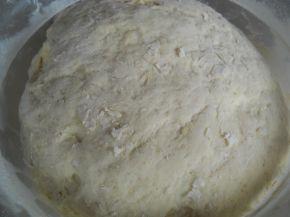 Снимка 2 от рецепта за Мекици с прясно мляко