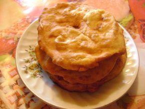 Снимка 2 от рецепта за Мекици със сирене (без мая)