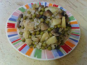 Снимка 2 от рецепта за Мусака с грах, печурки и картофи