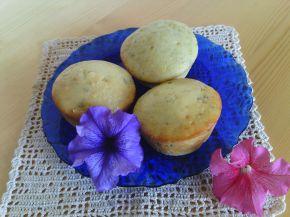 Снимка 2 от рецепта за Мъфини с авокадо