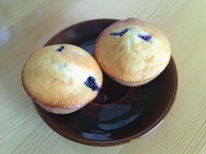 Снимка 4 от рецепта за Мъфини с боровинки и ванилия