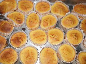 Снимка 4 от рецепта за Мъфини с мед и сусам