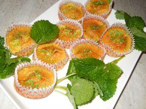 Снимка 6 от рецепта за Мъфини с мед и сусам
