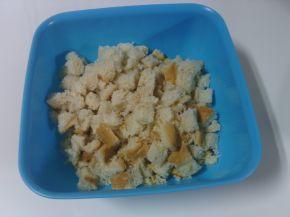 Снимка 6 от рецепта за Мъфини с шунка и стар хляб