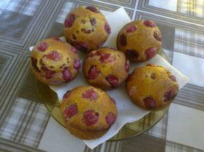 Снимка 4 от рецепта за Мъфини с цариградско грозде