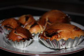Снимка 2 от рецепта за Мъфини със сладко от ягоди