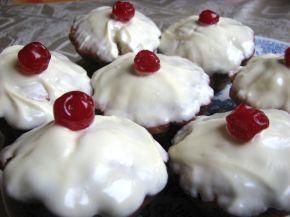Снимка 1 от рецепта за Мъфини със захаросани череши (без яйце)